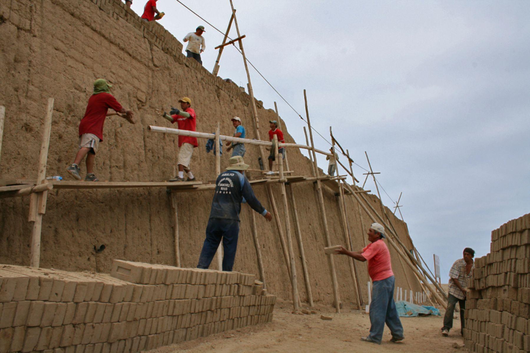 Muro de 600 años del Complejo Arqueológico de Chan Chan será restaurado