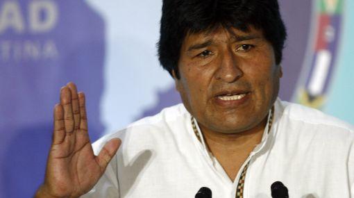 """Evo Morales defiende a Chávez: """"Uribe es un agente de EE.UU. que vino a empantanar la cumbre"""""""