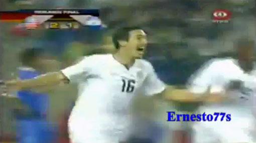 Estados Unidos le volteó el partido a El Salvador en el último minuto (2-1)