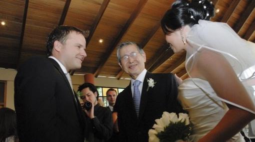 Alberto Fujimori lloró al entregar a su hija Sachie en el altar