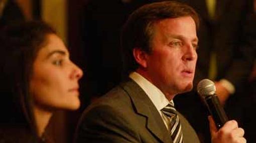 Esposa de Francis Allison no acudió a Fiscalía argumentando problemas de salud