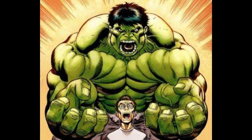 ¿Quién decidió el color verde de El increíble Hulk?