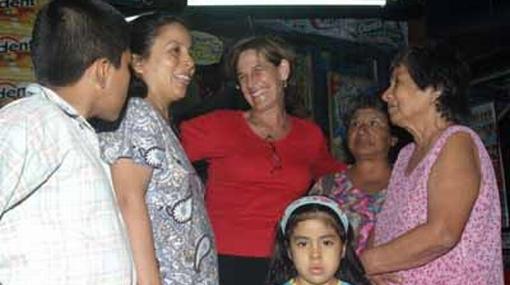 Susana Villarán aseguró que continuará con parques zonales y escaleras