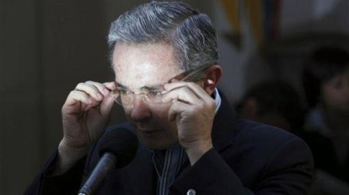 Uribe dijo que está dispuesto a aceptar un acuerdo humanitario con las FARC