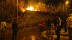 Un incendio se produjo anoche cerca al estadio Monumental de Ate - Noticias de anselmo talledo