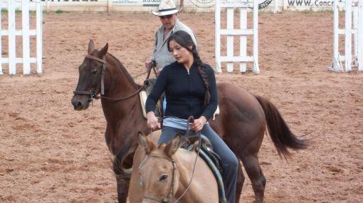 """Magaly Solier inició clases de equitación para su personaje en """"Blackthorn"""""""