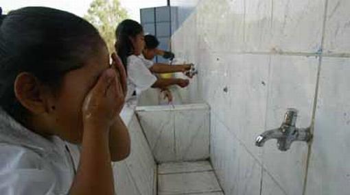 La tarifa de agua potable subirá 6% en Lima en los próximos tres años