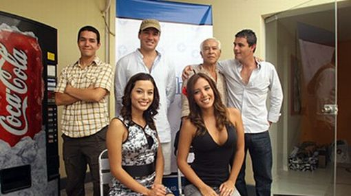 """Director de """"El Enano"""" exige a Canal 5 que reponga su serie"""