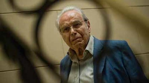Ossio aceptó que se adelantó al nombrar a Pérez de Cuéllar en la comisión del Lugar de la Memoria