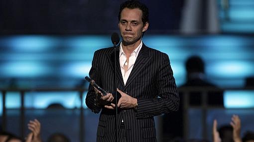 Mark Anthony lloró al escuchar la felicitación de Jennifer López en los Billboard Latino