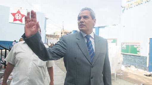 El JEE de Huamanga multó al Apra por propaganda indebida de Omar Quesada