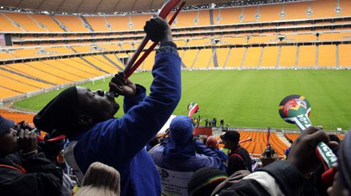 Los obreros que construyeron los estadios también disfrutarán del Mundial