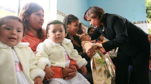 Internas de Santa Mónica celebraron el Día de la Madre junto a sus pequeños hijos