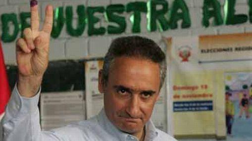 Álex Kouri postulará a la alcaldía por Cambio Radical, el partido que apoya a Jaime Bayly