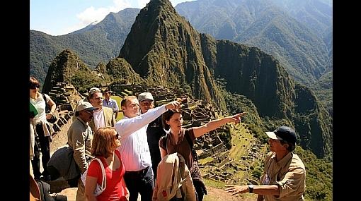 Turismo nacional decrecerá en 8% durante este año