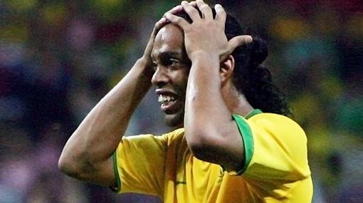 Ronaldinho fue incluido, pero en la lista de 'suplentes' de Brasil