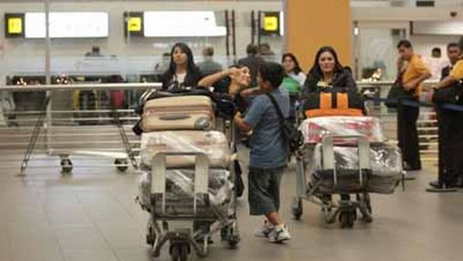 Permisos de viaje para menores de edad tendrán nuevos elementos de seguridad