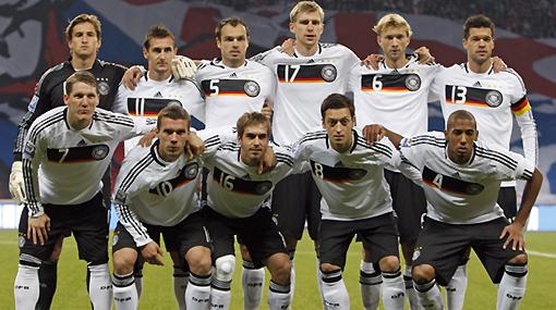 Alemania lanzó una lista de 27 nombres con bajas importantes