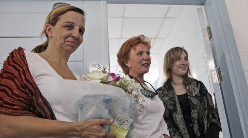 Identificaron a niño que sobrevivió a accidente de avión en Libia y recibió la visita de sus familiares