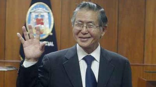 Fujimori recibió en un solo día 180 visitas en su celda de la Diroes