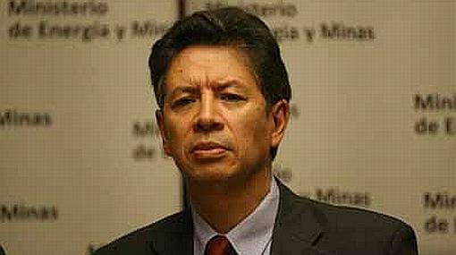 Aprueban acusación constitucional contra ex ministro Pedro Sánchez