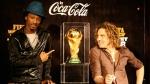 """David Bisbal confesó que lo """"regañaron fuerte"""" por besar la Copa del Mundo - Noticias de privilegios"""