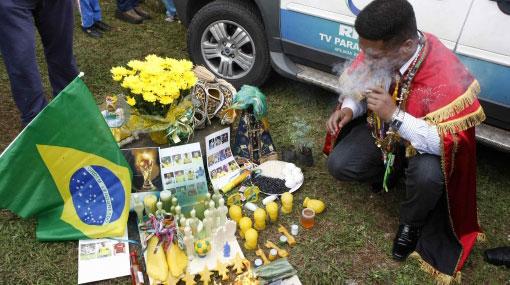'Chamanes' realizaron un ritual para fortalecer a la selección brasileña