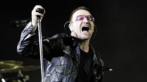 U2 pospone fecha en EE.UU. por cirugía a la espalda de Bono