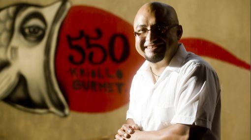Israel Laura: el chef que mezcla el cebiche con la papa a la huancaína