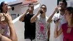 Pedro celebró su convocatoria a la selección de España con champagne - Noticias de fc barcelona