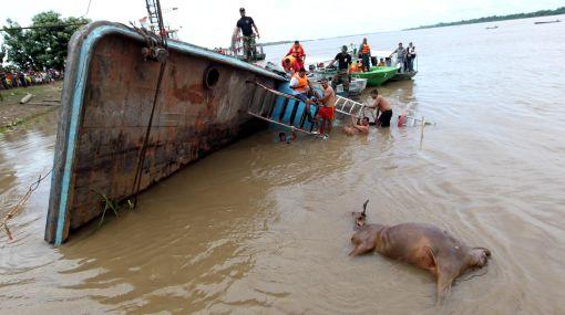 Naufragio en el Amazonas: la zozobra crece por cuerpos aún no hallados