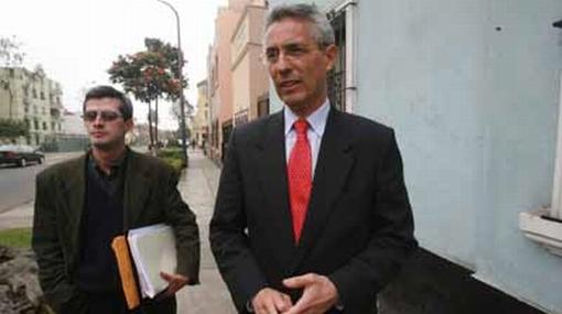 Fernando Andrade denunció robo en su local partidario en Lince