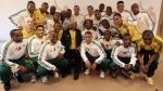 Nelson Mandela se puso la camiseta de Sudáfrica y confirmó su presencia en el Mundial - Noticias de jackson mthembu