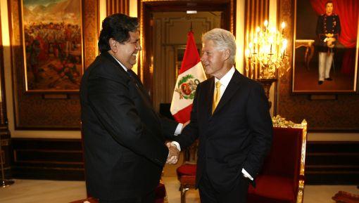 Presidente García se reunió con Bill Clinton en Palacio de Gobierno