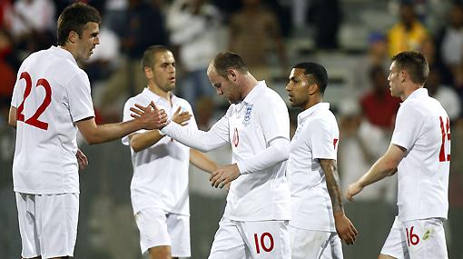 Inglaterra: ex 'cracks' aseguran que la selección inglesa sufre de 'rooneydependencia'
