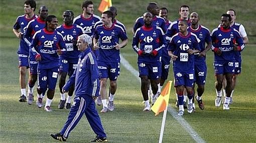 El entrenador de Francia cree que el partido de hoy contra Uruguay es importante pero no decisivo