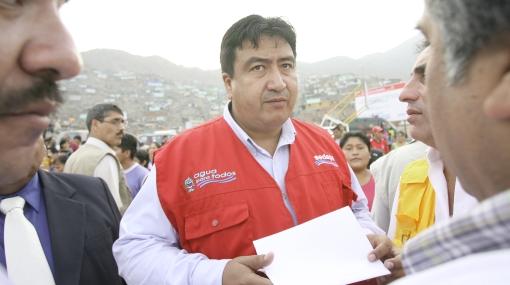 Carlos Arana es quien tiene más opciones para ser el candidato del Apra a la Alcaldía de Lima