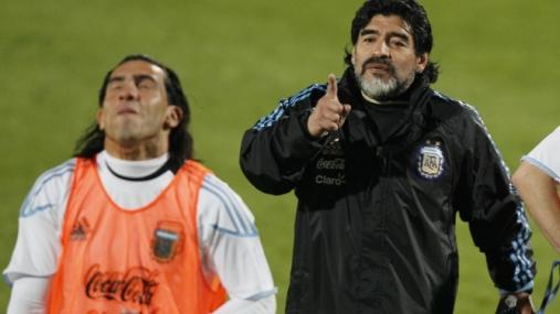 Tevez no será 'Carlitos' en el Mundial ni Agüero, el 'Kun'