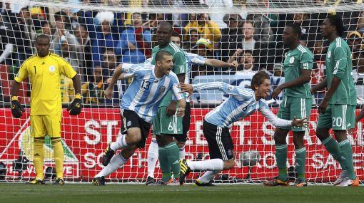 Enviado de elcomercio.pe nos cuenta el debut triunfal de Argentina en Sudáfrica