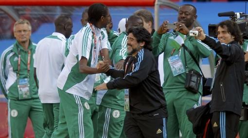 Nigerianos y argentinos, unidos en amor por Diego Maradona