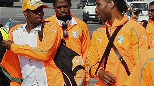 El árbitro del Costa de Marfil-Portugal decidirá si Drogba puede jugar con férula