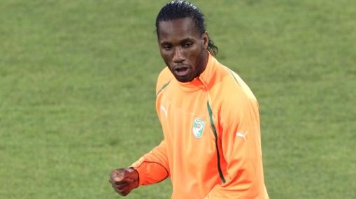 Asombrosa recuperación: Drogba volvió a los entrenamientos de Costa de Marfil