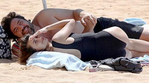 Penélope Cruz y Javier Bardem fueron sorprendidos en paradisiacas playas de Hawái