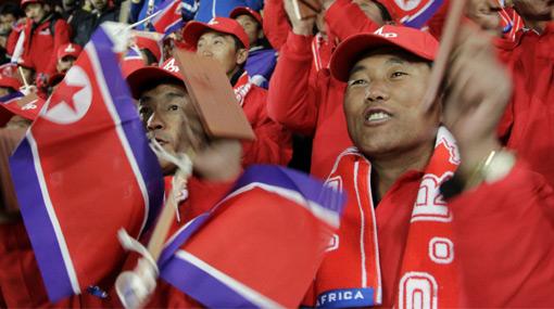 El gobierno de Corea del Norte contrató actores chinos para que alienten a su selección