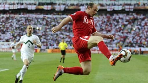 Inglaterra le prende velas a Wayne Rooney