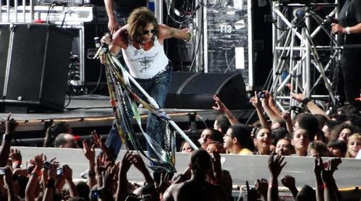 Aerosmith celebró sus 40 años con multitudinario concierto en España