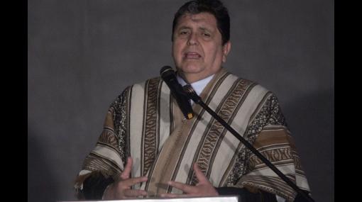 """Alan García asombrado por la """"voracidad y el deseo"""" de peruanos por tener una casa propia"""