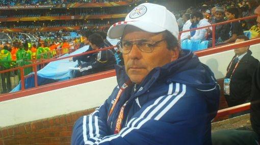 Un viejo conocido del fútbol peruano clasificó a los cuartos de final del Mundial