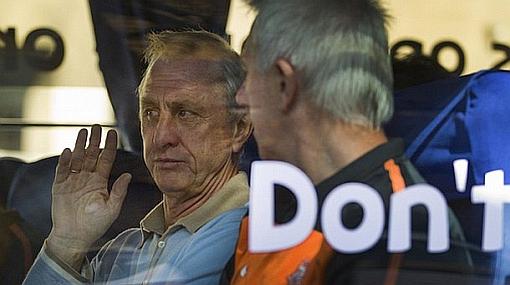 """Cruyff ataca al Brasil de Dunga: """"Es una vergüenza, no paguen por ver a este equipo"""""""