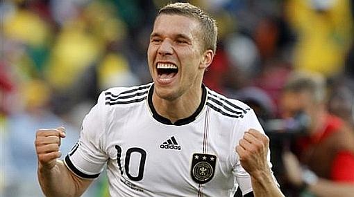 Podolski y Ozil no entrenaron otra vez con Alemania pero podrían jugar contra Argentina